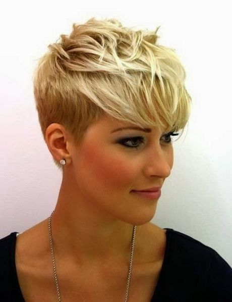 8dea37c192325c0642b161e0c8eed9a5--messy-pixie-cuts-messy-pixie-haircut